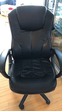 black leather office rolling armchair Vancouver, V6B