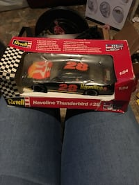 $8 obo #28 Davey Allison havoline thunderbird #28 die cast box is messed up but that's all Huntsville, 35811