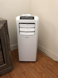 Portable A/C new Glendale, 91202