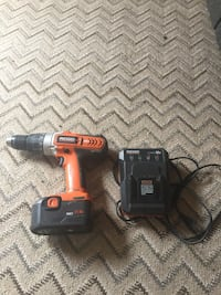 Red and black milwaukee cordless power drill Midland, 79703