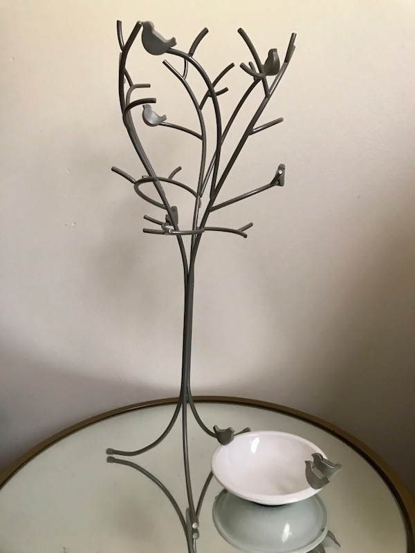 Necklace tree and matching jewelry dish
