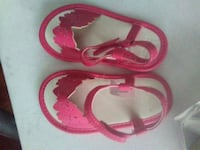 pair of pink-and-brown sandals Anderson, 96007