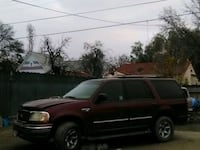 red Ford Expedition SUV Hanford, 93230