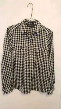 Black and white button down (like new)  Toronto, M9P 3N3