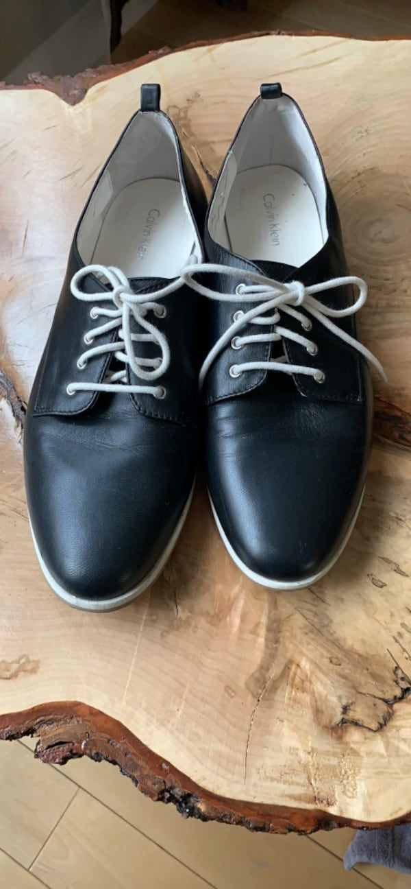 Calvin Klein Leathers oxfords size 9.5-10 4