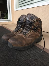 Steel toe shoe size 10