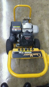 yellow and black DeWalt pressure washer Washington, 20024