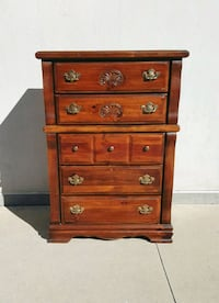 5 Drawer Chest of Drawers Dresser  Orange City, 32763