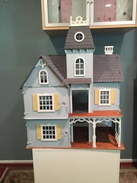 Wood Victorian Doll House Great Falls, 22066