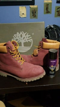 Size 12 red timberlands  London