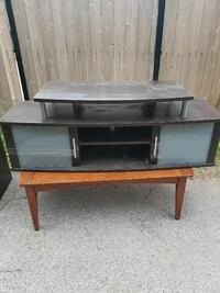 gray wooden TV stand and coffee table Chicago, 60620