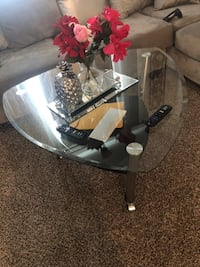Coffee table and end table  Gretna, 70056