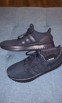 Adidas men's blue sneakers