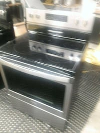 STAINLESS STEEL STOVE BRAND NEW Ardmore, 35739