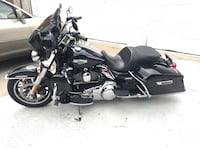 Harley Road King  2015 motorcycle 9300 miles. Berwyn, 60402