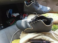 pair of black leather shoes Cleveland, 37323