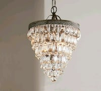 Pottery Barn -> Lustre Clarissa Chandelier (NEW) 1944 mi