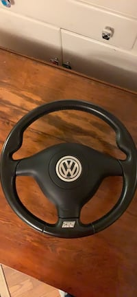 Mk4 R32 replica steering wheel with airbag  Vienna, 22182