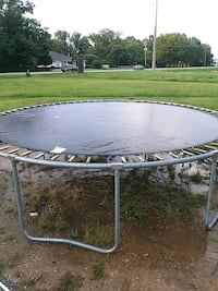 12 foot trampoline with net Daphne, 36526