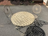 Metal table and chairs Rockville, 20852