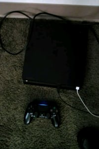 Ps4 great condition Elyria, 44035