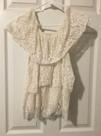 White lace over the shoulders Top 543 mi