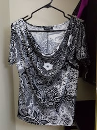 women's black and white scoop-neck blouse