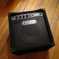 Fender Rumble 15 Bass Combo  Toronto, M5V 3H5
