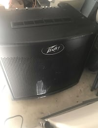 PEAVEY TOUR TNT 600 WATT BASS AMP 2250 mi