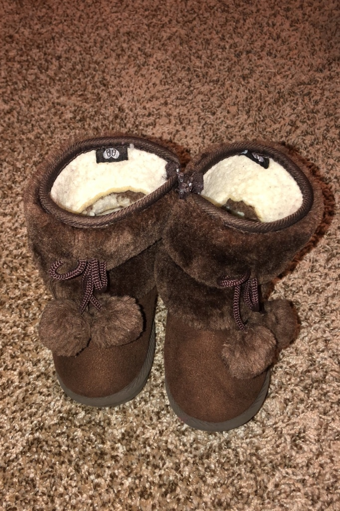 Photo Toddler girl boots size 7 good condition
