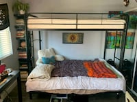 selling bunkbed