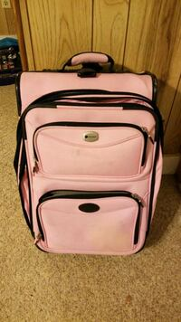 Delsey Carry On Suitcase (light pink) Pennsville, 08070