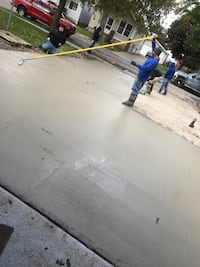 Contracting doing all small concrete jobs, driveways sidewalks and patios Lincoln Park