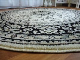 5ft Round area rug NEW Cream Traditional