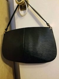 c4604bd5f37b2c Used black leather 2-way handbag for sale in Santa Clara - letgo