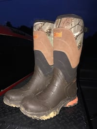 Bushnell Waterproof Hunting boots size 11 Southaven, 38671
