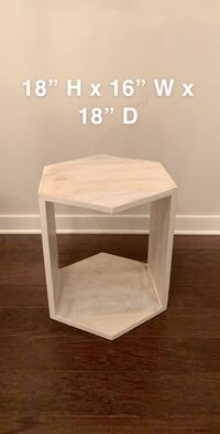 Small side table in great shape. We are moving and do not need it at new house. Dimensions on photo Cumming, 30040