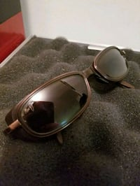 silver-colored framed sunglasses Kelowna, V1Y 2L2