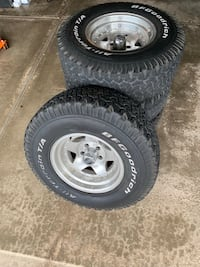 "31""x10.50R15 tires with American Racing aluminum wheels Bartlett, 60103"
