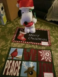 Snoopy 2ft tall new and 2 rugs 17x28 size new 54 km