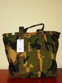 Herschel Supply Co.  Women's Bamfield Mid-Volume Tote Brand New With Tags Toronto, M6C 2L7