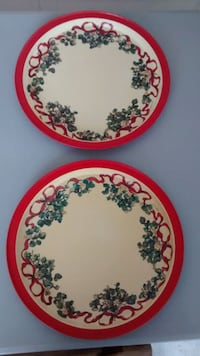 1992 potpourri press Christmas platters made in Hong Kong vintage