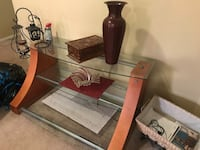 Large TV stand Springfield, 22153