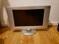 "20"" TV with built in DVD player Norfolk Virginia Beach Expressway"