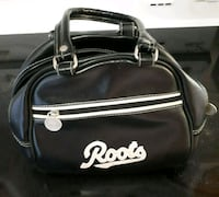 Roots Leather Purse  Montreal