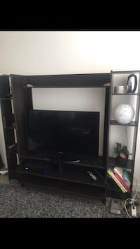Tv Stand with Side Shelves Vancouver, V5Y 1P6