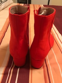 H&M ankle red shoes  Mississauga, L4X 1V8