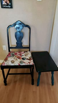 Beautiful Distressed Solid Wood Chair & Side Table Gretna, 70053