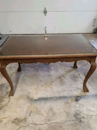 rectangular brown wooden coffee table St. Catharines, L2N 4H5
