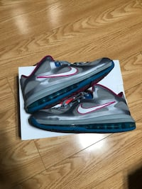 """Lebron 9 Low """"Fire Berry"""" Size 9 VNDS"""